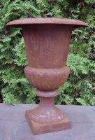 Pokal am Fuß, Ø 40 cm, rostig