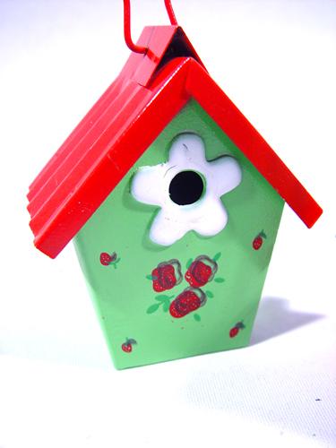 vogelhaus zum h ngen 9cm 4st sort gro handel und lagerverkauf. Black Bedroom Furniture Sets. Home Design Ideas