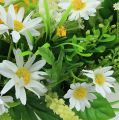 Künstlicher Frühlingskranz mit Margeriten Ø25cm